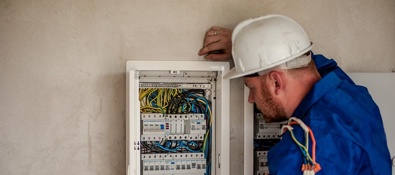 Emergency Electrical Repairs in commercial and domestic properties